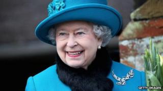 Queen wearing brooch