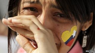 Venezuelan woman mourns