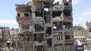 Purported photograph showing war-damaged building in Darayya (23 February 2013)