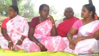Group of women in Panayakottai village telling stories