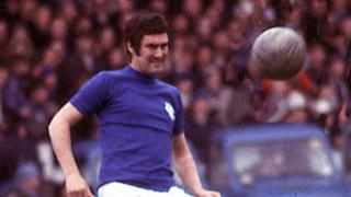 Jim Baxter in action for Rangers