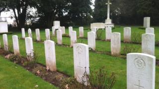 War graves at Western Cemetery