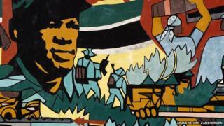 Revolutionary mural in Maputo