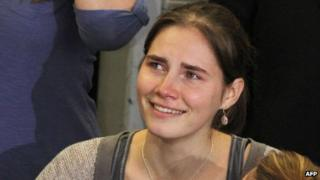 Amanda Knox arriving in Seattle, Washington state, on 4/10/11