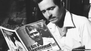 Leonard Matlovich reading about himself in Time magazine