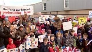 East Dunbartonshire schools campaigners