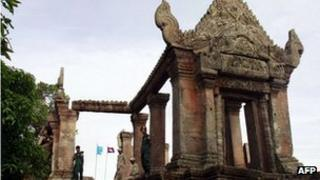File photo: Cambodian police officials standing outside the Preah Vihear temple on 18 July 2012