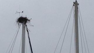 The crow's nest on the yacht's mast