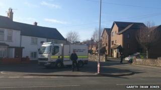 Bomb disposal van at Lenten Pool, Denbigh
