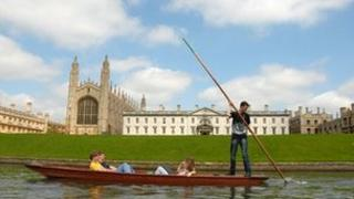 Punt in front of King's College, Cambridge