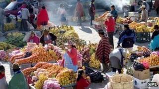 Street market, Ecuador