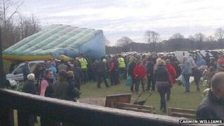 Eyewitness's picture of the collapsed inflatable