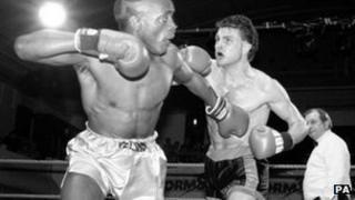 Shaun Cummins (right), 1990