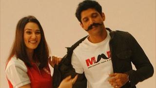 Actor Farhan Akhtar and Preity Zinta