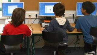 children at computers