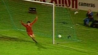 John Hewitt celebrates Aberdeen's winning goal