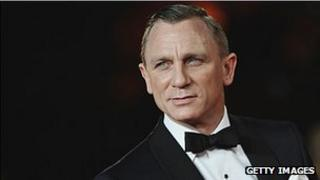 Daniel Craig fel James Bond