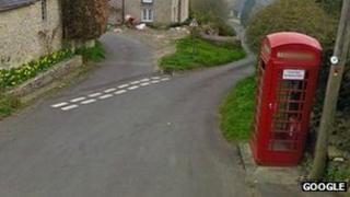 Pilton telephone box