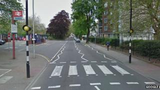 Crossing near Bedford railway station