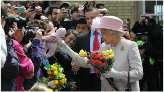The Queen meets crowds at Cambridge railway station