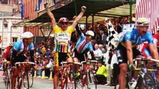 Chris Lillywhite winning the last Milk Race in 1993.