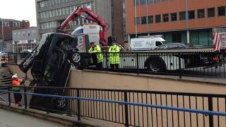 recovery of the Land Rover