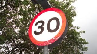 30mph speed limit sign in Zouch