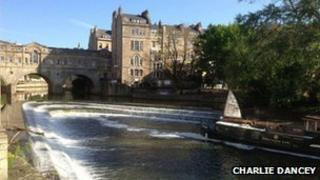 Newark Works protest, barge at Pulteney Weir