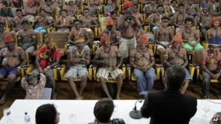 Indigenous delegation at Planalto presidential palace in Brasilia on 4 June, 2013.