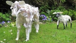 Sculptures by Sayaka Ganz