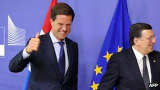 Dutch PM Mark Rutte (left) in Brussels, with EU Commission President Jose Manuel Barroso, 22 May 13