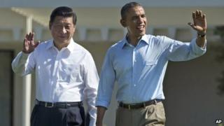 Chinese leader Xi Jinping (l) with President Obama, 8 June 2013