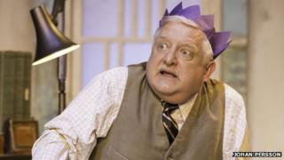 Simon Russell Beale in The Hothouse