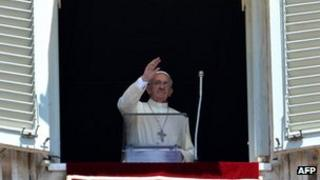 Pope waving to crowds on St Peter's Square - 30 June