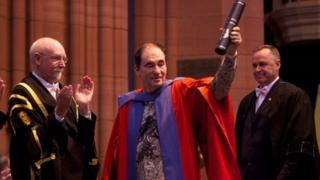 Albie Sachs getting honorary degree