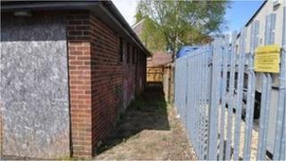 Brockenhurst public loos