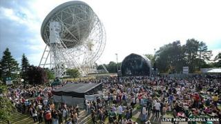 Stage and Lovell Telescope at Live from Jodrell Bank