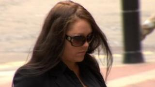 Natalie Gillan walking in to Hull Crown Court