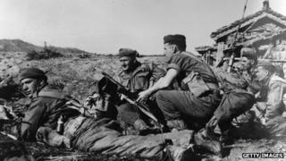 Soldiers of the Argyll and Sutherland Highlanders in the Korean War