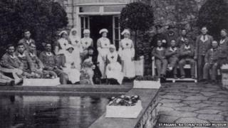 Soldiers and nurses in the hospital at St Fagans during World War I