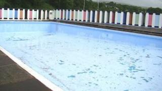 The outdoor lido at Brynamman
