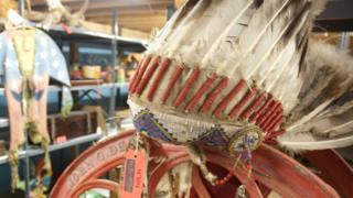 Native American head-dress