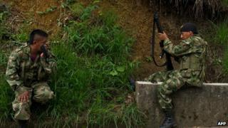 Farc fighters in the Caloto, department of Cauca, Colombia. 4 June 2013