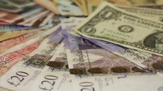 Cash in various currencies