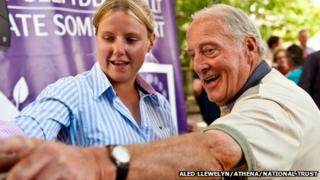Caryl Hughes with Llyndy Isaf's former owner Ken Owen