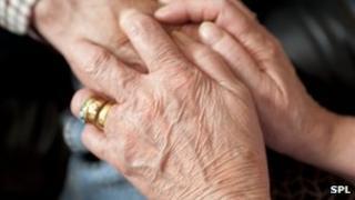 Alzheimer's blood test edges closer