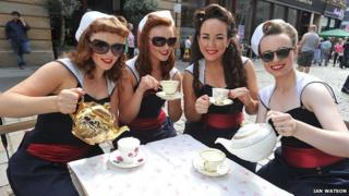 The Kennedy Cupcakes Dance Troupe at The Merchant City Festival