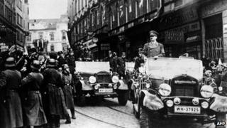 Hitler and his army enter Prague on March 15, 1939