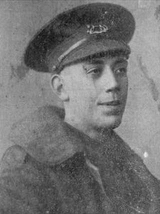 Pte Fred Potts : Pic from Berkshire Yeomanry Museum