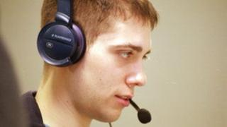 Man wearing a call centre head set